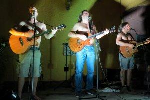 Drei Männer nur mit Gitarre (26.07.2015)